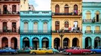 Polit tager til Cuba