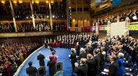 Hvem modtager Nobelprisen i økonomi 2015?