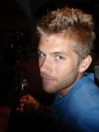 Dan Thor Larsen